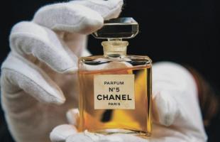 三款留香超久的香水推荐!香水这样喷香味更持久!