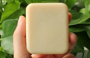 这些洁面误区你知道吗?油性皮肤每天用硫磺皂洗脸好吗?