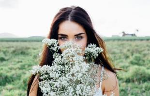 长期用卸妆水的危害,最不伤皮肤的卸妆方式